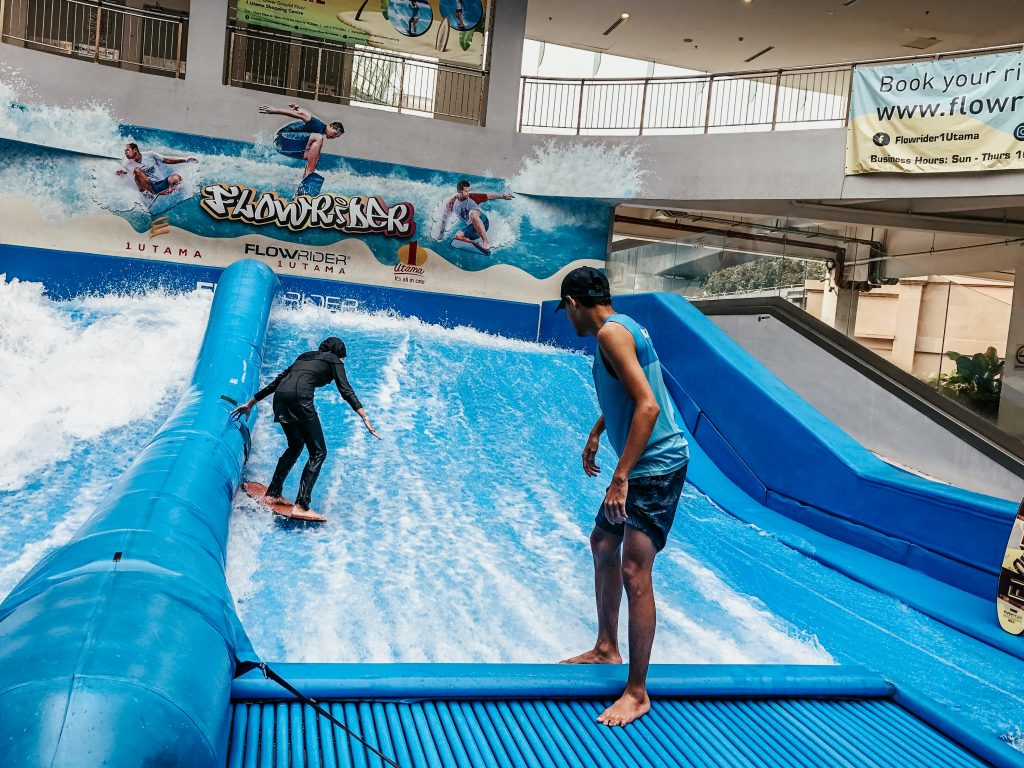 My First Flowriding Experience at FlowRider One Utama in Kuala Lumpur Review